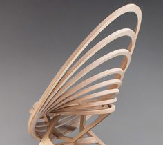 Octave le fauteuil spirale par Estampille 52 - design bois ébénisterie France - meuble design #design #mobilier