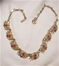Red Tag Sale starts Sat Apr 27 8:00 AM, ends Sun Apr 28 7:59 AM Pacific Time. This item will be 50% off the price above during the Sale! Beautiful Vintage Lisner ravishing red rhinestone Necklace