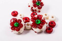 Christmas Lampwork Bead Set in Holiday Colors by StateOfFusion on Etsy