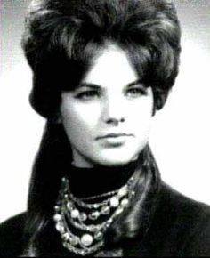 Priscilla Presley Photo:  This Photo was uploaded by chelrima.