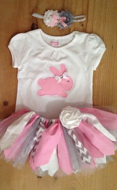 A scrap fabric and tulle tutu outfit in a pink, white, grey, and silver Easter bunny theme. The outfit includes the tutu, shirt or baby bodysuit Tutu Outfits, Girl Outfits, Fabric Tutu, Scrap Fabric, Tulle Tutu, Princesa Sophia, Bunny Party, Baby Tutu, Easter Outfit