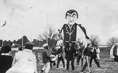 Old Film - Bob Hawke Puppet; 80's anti-uranium mining protest, Canberra