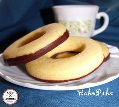Cookies with vanilla Hungarian Desserts, Hungarian Cake, Hungarian Recipes, Galletas Cookies, Sweet Cookies, Food Humor, Cookie Recipes, Food To Make, Biscuits