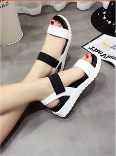 Women Summer Shoes Sandals Peep-Toe Flat Shoes Roman Sandals ITC831. - Sandals & Flip Flops
