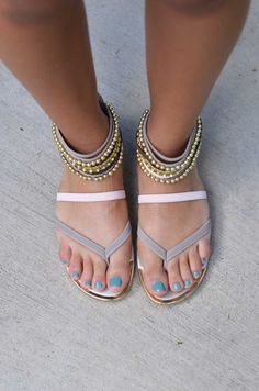 Beaded Beauty Sandals - Taupe