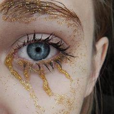 """""""É possível transformar lágrimas em ouro?"""""""