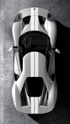 Introducing the next generation of supercar - The 2018 Ford GT. With a light yet powerful design, this is what true innovation looks like, the GT gives you the purest driving experience. Custom Muscle Cars, Custom Cars, Top Luxury Cars, Gt Cars, Ford Gt40, Mc Laren, Super Sport Cars, Futuristic Cars, Bmw Series