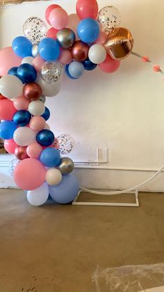 Balloon Arch Frame, Balloon Wall, Balloon Garland, Birthday Balloon Decorations, Diy Party Decorations, Baby Shower Balloon Decorations, Balloon Ideas, Birthday Party Tables, Diy Birthday