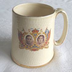 Coronation of King George VI and Queen Elizabeth (1937) commemorative pottery tankard - with small portrait of Princess Elizabeth - www.vanishederas.com