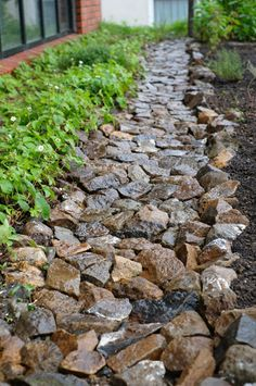 Rain Garden, Garden Paths, Brick Garden, Container Architecture, Architect House, Entrance Gates, Garden Stones, Stone Work, Backyard Landscaping