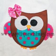 Cute Vintage Owl Applique Design