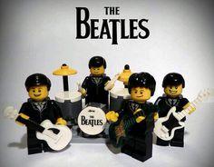 100 custom LEGO minifigs – The Beatles. Some amazin… 100 custom LEGO minifigs – The Beatles. George Harrison, Minifigura Lego, Comic Cat, Cuadros Diy, I Am The Walrus, Lego Boards, Lego People, Lego Minifigs, Lego Custom Minifigures
