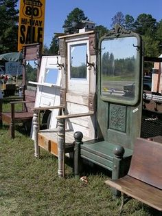 I have ALL the parts, just need the weather...OR heat in my shop.. door benches- old doors, bedposts, table legs, dresser mirrors, hooks Repurposed Furniture, Painted Furniture, Repurposed Doors, Old Door Bench, Entryway Bench, Furniture Makeover, Diy Furniture, Wicker Furniture, Door Hall Trees