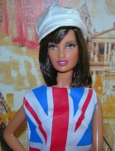 2012 Barbie National Convention London Luncheon Centerpiece Dressmaker Details   eBay Barbie Convention, National Convention, Barbie Collector, Iconic Women, Barbie World, Hello Dolly, Vintage Barbie, Every Girl, Girls Best Friend