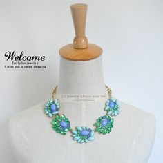 Short  Bib necklaces,Blue flower statement Necklace,Choker necklace,Bubble Necklace,water drop necklace,Mother's Day gifts on Etsy, 11,87 €