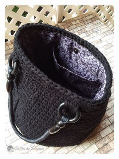 Discover thousands of images about Base bolso Crochet Handbags, Crochet Purses, Crochet Bags, Handmade Handbags, Handmade Bags, Crochet Gifts, Knit Crochet, Macrame Bag, Fabric Yarn