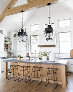 clean and bright modern classic kitchen Farmhouse Kitchen Cabinets, Cozy Kitchen, Modern Farmhouse Kitchens, Home Decor Kitchen, Kitchen Ideas, Kitchen Designs, Kitchen Hacks, Kitchen Modern, Farmhouse Style