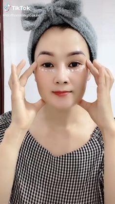 Beauty Care, Beauty Skin, Face Yoga Exercises, Facial Yoga, Skin Care Routine Steps, Face Massage, Face Contouring, Skin Care Remedies, Face Skin Care