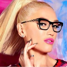 00a07a91d8 How Gwen Stefani Is Making Glasses a Must-Have Accessory