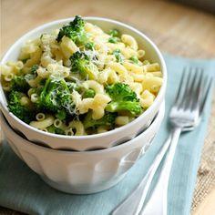Macarrones con brócoli y guisantes, receta sana, niños, cultivo en casa, kit de cultivo
