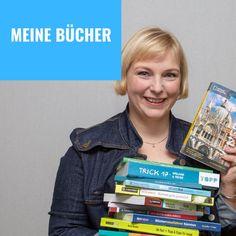 Ja, alles meine Bücher. Ich habe inzwischen jede Menge Bücher übers Reisen veröffentlicht. Welche das sind, erfährst du auf www.anitaaufreisen.at Trick 17, Cover, Books, Writing A Book, Slovenia, Graz, Alps, Viajes, Livros