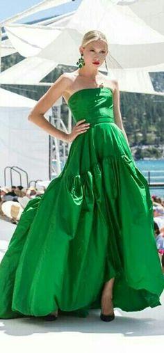 This Color Green Is So Beautiful Dress By Oscar De La A