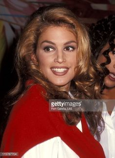 Model Cindy Crawford attends the Fourth Annual Revlon's Unforgettable Women Contest - Winner Annoucement on September 14, 1992 at the Four Seasons Restaurant in New York City.