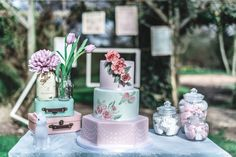 fifties pastel weddi