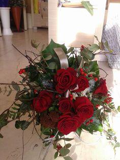 Jedan buket crvenih ruža stigao je na odredište.