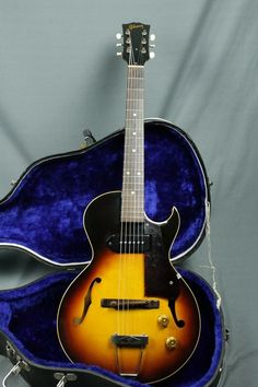 1958 Gibson ES 140 3/4 With Harptone Hardshell Case
