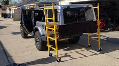 Home Depot Scaffold is a Surprisingly Simple Hardtop Storage and Removal Solution Jeep Wrangler Upgrades, Jeep Wrangler Hard Top, Jeep Hard Top, Wrangler Jl, Jeep Wrangler Accessories, Jeep Accessories, Jeep Hardtop Storage, Jeep Hacks, Jeep Jku