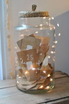 christmas traditions Adventskalender im Glas Christmas Countdown, Christmas Calendar, Noel Christmas, Homemade Christmas, All Things Christmas, Winter Christmas, Christmas Crafts, Christmas Decorations, Advent Calenders