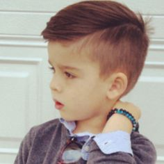 Mini Style Hacker Shows Men How to Dress Well - Tiny Style Icon Shows Men How to Look Sharp on a Budget - Esquire