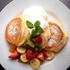 Souffle Pancakes, Best Breakfast Recipes, Cafe Food, Aesthetic Food, Food Cravings, Sweet Recipes, Food To Make, Food Porn, Dessert Recipes