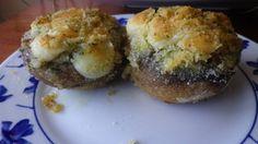 Champiñones rellenos con queso San Simón da Costa