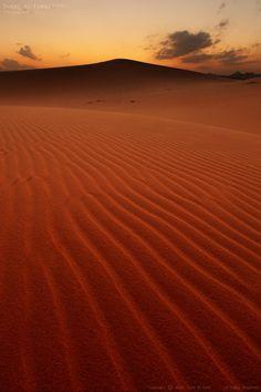 Hail Desert ~ Saudi Arabia [photo by Tarik Al-Turki]....