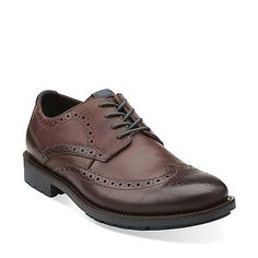 Liked these with the hunter green laces. Clarks - Garnet Limit in Chestnut Leather
