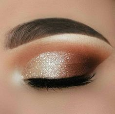 35 Hottest Eye Makeup Looks For Day And Evening , soft glam eye shadow - Make-Up Smokey Eye Makeup Look, Gold Eye Makeup, Dramatic Eye Makeup, Eye Makeup Steps, Makeup Eye Looks, Eye Makeup Art, Natural Eye Makeup, Glam Makeup, Eyeshadow Makeup