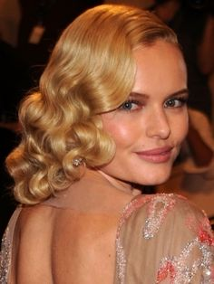Google Image Result for http://pics.haircutshairstyles.com/img/arts/2011/Apr/07/174/katebosworth2010metgalahairstylegettyimages_thumb.jpg