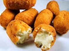 croquetas de queso, caseras y fáciles Bruchetta, Canapes, Fritters, No Cook Meals, Muffin, Food And Drink, Appetizers, Low Carb, Cooking Recipes