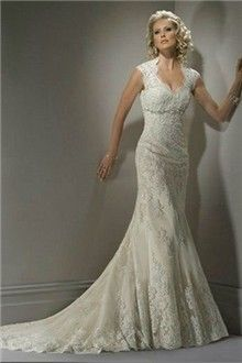Sheath/Column V-neck Court Train Lace Wedding Dress