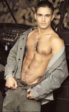 All Shirtless boys! Hot Men, Sexy Men, Hot Guys, Sexy Guys, Hommes Sexy, Hairy Chest, Hairy Men, Attractive Men, Male Beauty