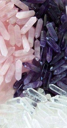 Healing crystals and stones, rose quartz, amethyst, clear quartz. Clear Quartz, Quartz Crystal, Amethyst Quartz, Amethyst Pendant, Amethyst Stone, Quartz Stone, Crystals And Gemstones, Stones And Crystals, Healing Stones