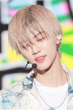 [Swipe ⬅️] 190727 - HQ 💚 How come Jaemin still look this pretty even when his hair's extremely wet? Taeyong, Jaehyun, Nct 127, Winwin, Ntc Dream, Nct Dream Jaemin, E Dawn, Na Jaemin, Fandoms