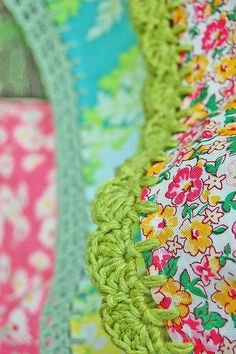 Crochet lace to fabric