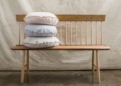 Flocca Macaron cushion covers are finished with a double stitch hem and have beautifully hand 'tufted' edges. Pure linen handcrafted in Europe. Linen Sheets, Linen Bedding, Beige Bed Linen, Matching Bedding And Curtains, Linen Shop, Cushion Covers, Furniture Making, Macarons, Cushions