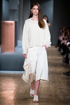 Tibi Fall 2015: A relxed top and culottes with mules is an effortless way to transition into the season.
