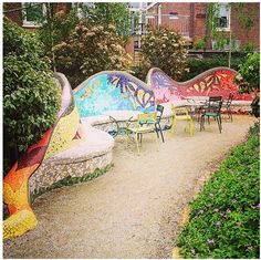 Oeeeh I found a good one! Yesterday I discovered this amazing hidden urban garden called Emma's Hof at Galileïstraat 44 in #DenHaag. Our own little Gaudi is in town! It's open every day from 10:00 till 20:00 h. The neighbourhood takes care of the garden and organizes different activities on monthly basis.