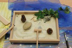 Cree su Jardin Zen Butcher Block Cutting Board, Afin, Land Art, Kindergarten, Garden, Trays, Gardens, Montessori Activities, Japanese Language