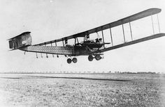 GERMAN AIRCRAFT FIRST WORLD WAR (Q 67882) Zeppelin-Staaken R.VI heavy bomber biplane.